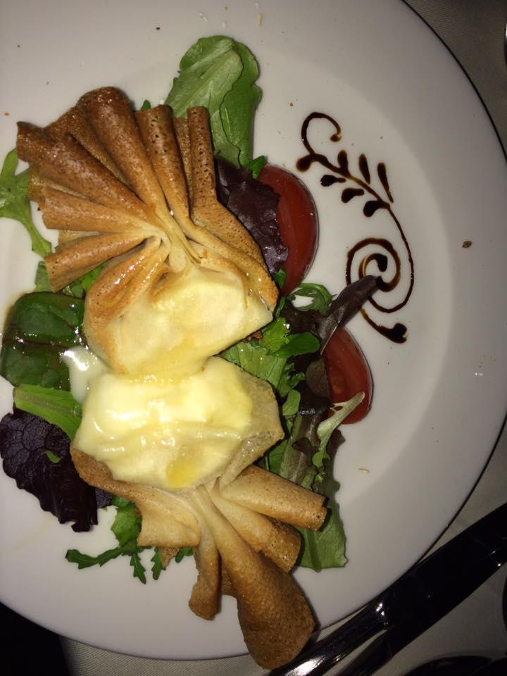 dinnrt cruise food