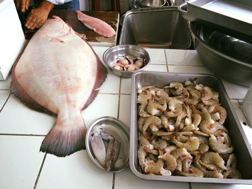 fish stand